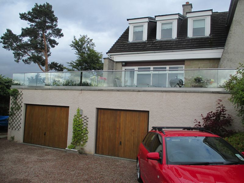 balustrade balcony garage design